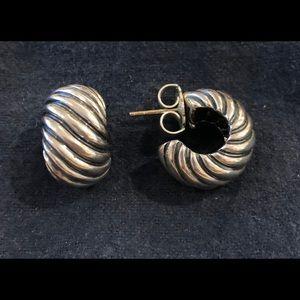 David Yurman SS cable chunky huggy earrings.